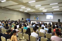 Mais de 250 empresários participaram da palestra