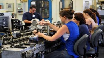 Confiança da indústria na economia atinge maior nível desde 2014