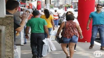 Comércio registra 4 meses consecutivos de melhora na economia, diz ACICG