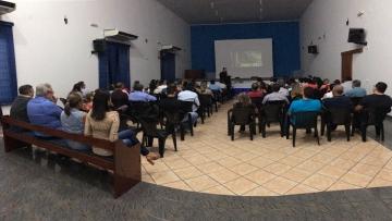 Passos para empreender a própria vida foi tema de palestra em Paranaíba