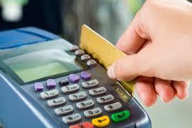 Taxa do cartão e do cheque recuam em fevereiro, mas juro bancário médio sobe