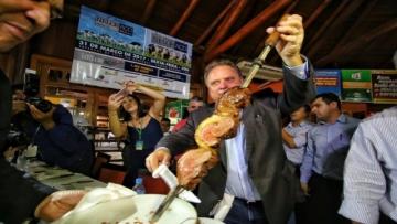 Quero ver se a carne aqui é melhor do que a de Mato Grosso, diz ministro