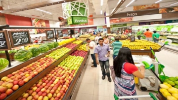 Vendas de supermercados caem no acumulado do ano