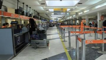 Mesmo com mais voos disponíveis, movimento cai 5% no aeroporto
