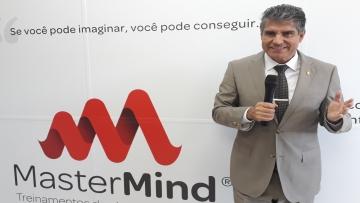 Presidente da Master Mind ensinará a  superar desafios em palestra na Aced