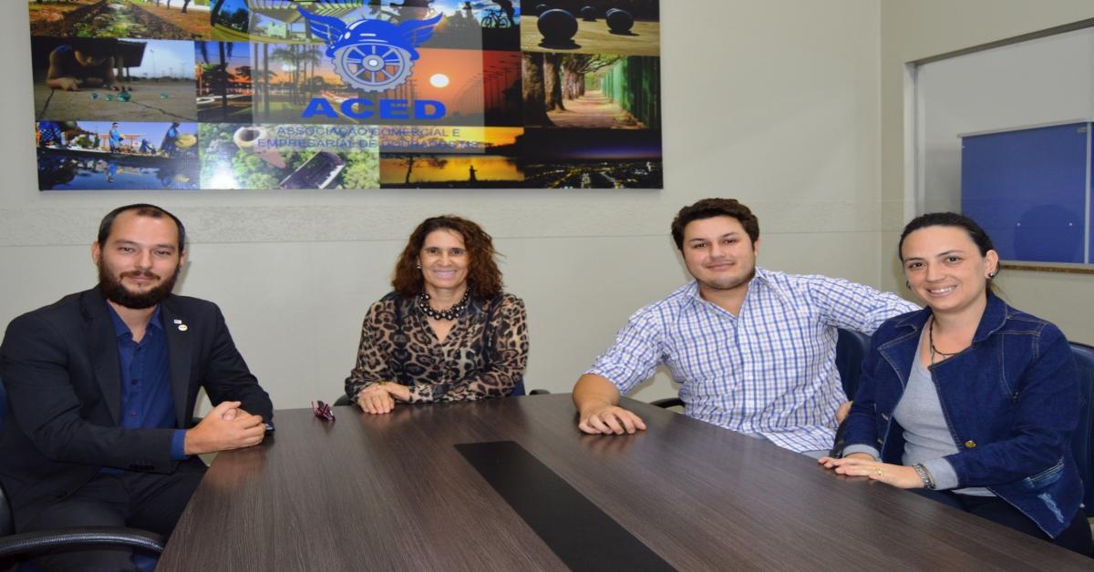 Associados da Aced têm desconto em curso  inspirado em grandes líderes do Brasil
