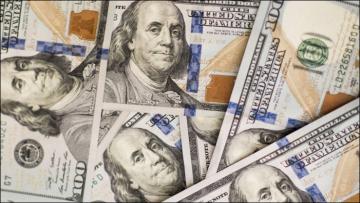 Dólar recua e volta abaixo de R$3,55 em movimento de ajuste e sem atuação do BC