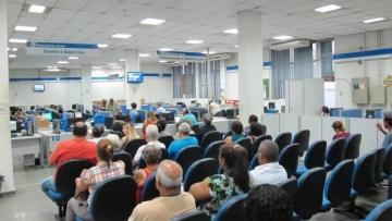 Governo já vê rombo de R$ 146 bilhões no INSS em 2016