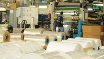 Geração de emprego na indústria inicia recuperação com 900 vagas em 4 meses