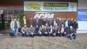 Comitiva realiza visita técnica para conhecer Associação Comercial de Maringá