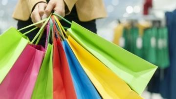 Fluxo de clientes no varejo físico avança 1,9% em maio, aponta Seed Digital