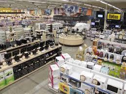 Vendas de bens duráveis têm a maior queda em seis anos