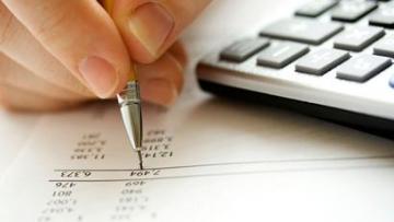 Escolha da tarifa bancária ideal ajuda cliente a economizar no fim do mês