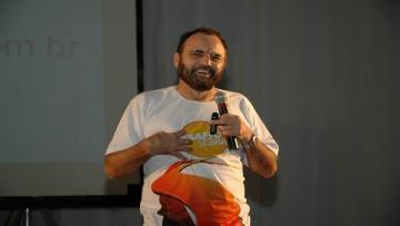 Liderança, vendas e trabalho em equipe serão temas de palestra com professor Pachecão