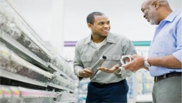 Empreendedores de Caarapó recebem dicas de atendimento ao cliente