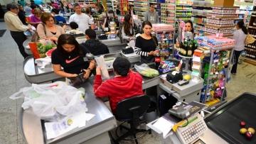 Vendas nos supermercados têm leve alta de 0,8% de janeiro a agosto
