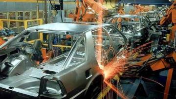 Segundo IBGE, produção industrial caiu 1,2% em agosto