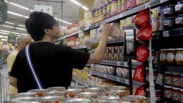 Inflação cai e é de 8,27% em 12 meses, diz IBGE