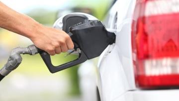 Indústria de biodiesel prevê crescimento de 20% em 2017 com mistura maior no diesel